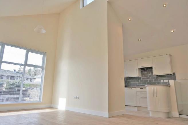 Firstfloor Open plan living with High Ceilings