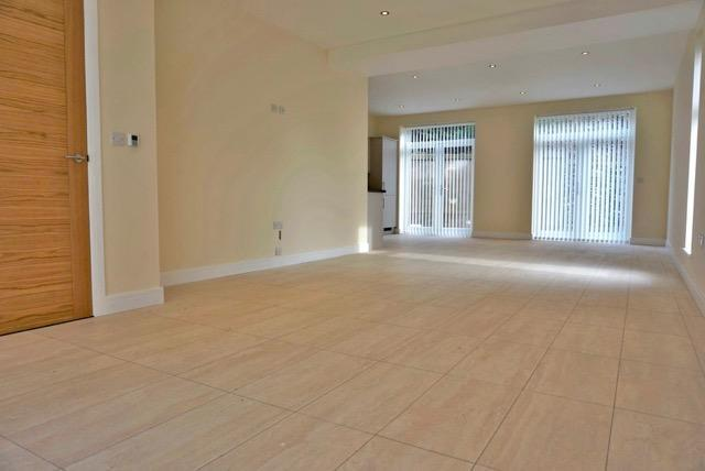 Open plan business & living space (1)