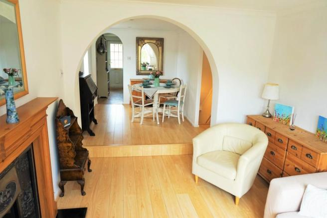 Open Plan Lounge Dinign Room.JPG