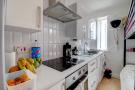 Studio 1 kitchen2
