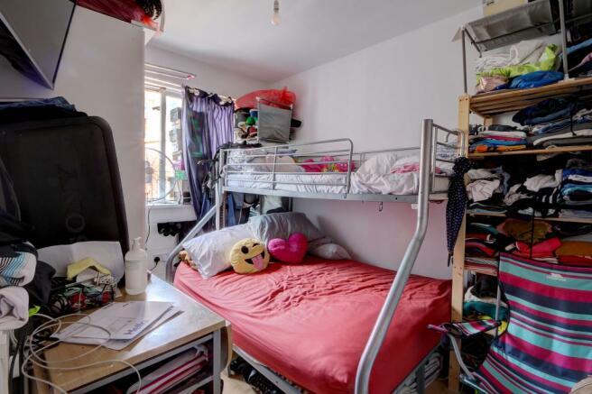 Studio 2 bedroom2