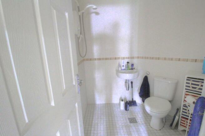 Ensuite wet-room