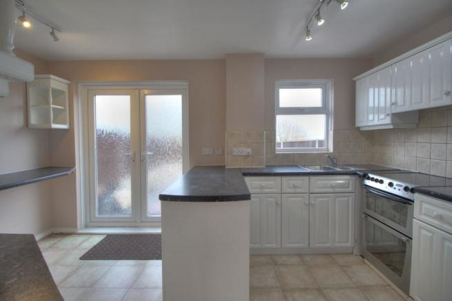 10 penworth kitchen 1