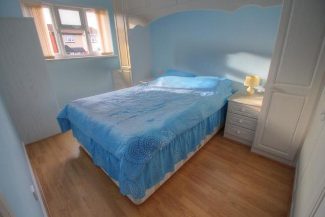 10 Pebworth Grove bedroom 2