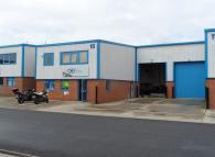 property to rent in 10 Youngs Industrial Estate,  Leighton Buzzard, LU7