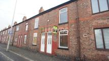 2 bedroom Terraced property to rent in Thelwall Lane, Latchford...