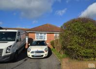 3 bed Bungalow to rent in Coombe Vale Brighton...