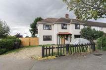 4 bedroom End of Terrace house for sale in Purleigh Avenue...
