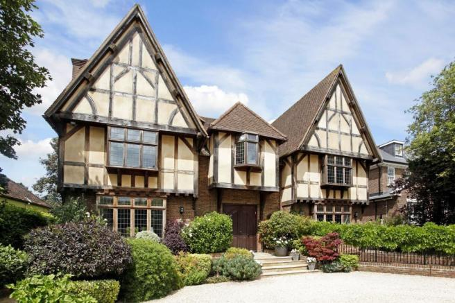 6 bedroom detached house for sale in manor road chigwell for 6 bedroom house for sale