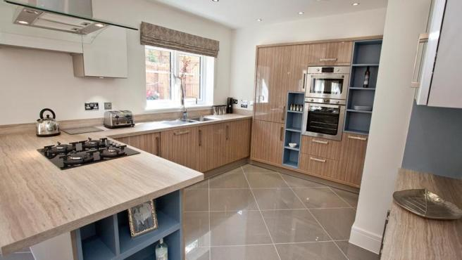 kitchen angle4