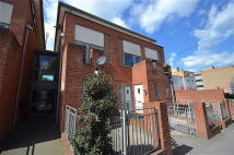 2 bedroom Apartment in Teesdale Court...