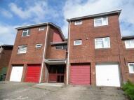 Flat to rent in Bryn Milwr, Hollybush...