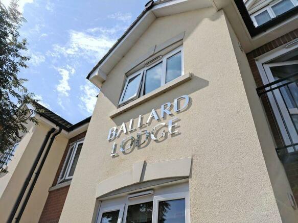 Ballard Lodge