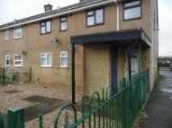Flat to rent in Phillips Walk, Rhymney...