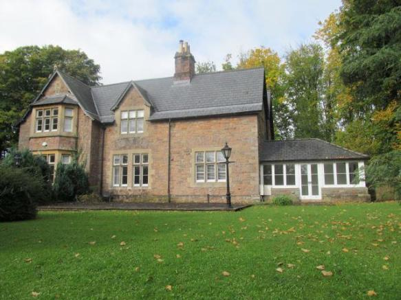 5 Bedroom House To Rent In Woodlands House Newport Road