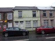 2 bed Flat to rent in William Street, Ystrad,