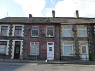 3 bedroom property to rent in Pontshnorton Road...