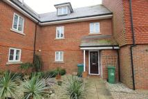 Town House to rent in Waine Close, Buckingham...