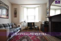 1 bedroom Apartment in Tredegar Road, Bow...