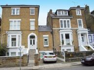 Ground Flat to rent in Montague Road, Richmond...