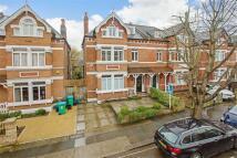 6 bedroom semi detached house in St Stephens Gardens...