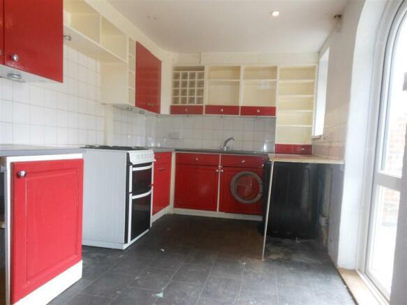 631. Kitchen.JPG
