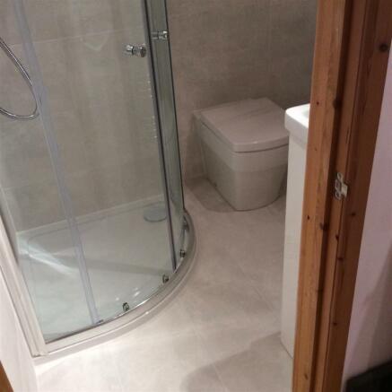 689. Shower room2.jp