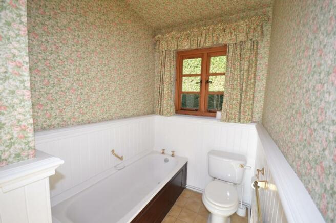 Bathroom Bungalow to