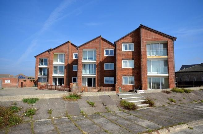 Front Flat to rent i