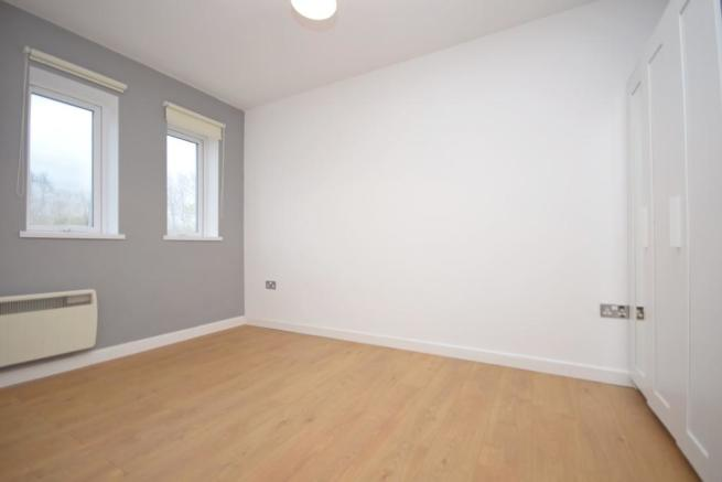 Bedroom Flat to rent