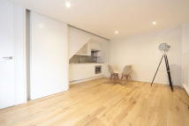Terraced house to rent in Lorne Gardens, London