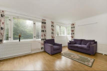 Apartment to rent in Southwick Street, London