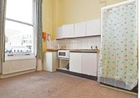 Apartment to rent in Castletown Road, London