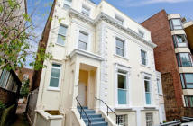 Flat to rent in Finchley Road...