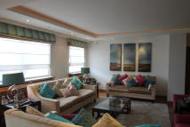 3 bed Apartment in Melina Place...