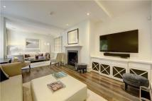 Apartment to rent in Elnathan Mews, London...