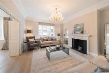 Apartment to rent in Palace Green, Kensington...
