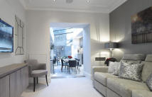 4 bed Flat to rent in Cadogan Street...