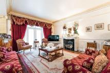 5 bed Apartment in Kingston House North...