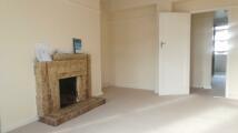 3 bedroom Flat to rent in Grove Road Croydon CR7