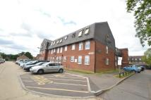2 bed Flat in Limes Avenue, Chigwell...