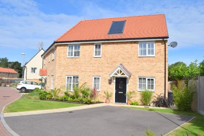 2 bedroom semi detached house for sale in cheapside west