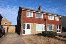 3 bed semi detached property to rent in Old Worthing Road...