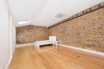 3 bed Flat to rent in St. Marys Road, Ealing...