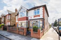 5 bedroom Detached property in Station Road, Hanwell...
