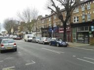 Flat to rent in The Avenue, Ealing...