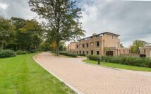 5 bedroom new home in Bentley Priory...