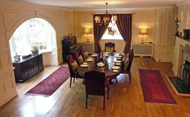 Oak dining room