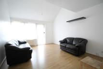 2 bed Town House to rent in Burness Close, Islington...