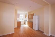 Duplex to rent in Nevill Road, London, N16